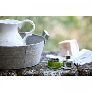 Ada Kosmetik Muenchen_aroma garden_divine-repair_3